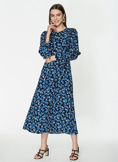 Loves You Robadan Kesikli Çiçek Desenli Crep Elbise Siyah